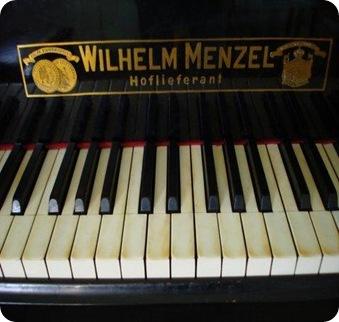 Piano-de-cola-aleman-MENZEL