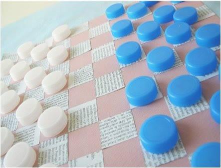 juego de damas reciclado